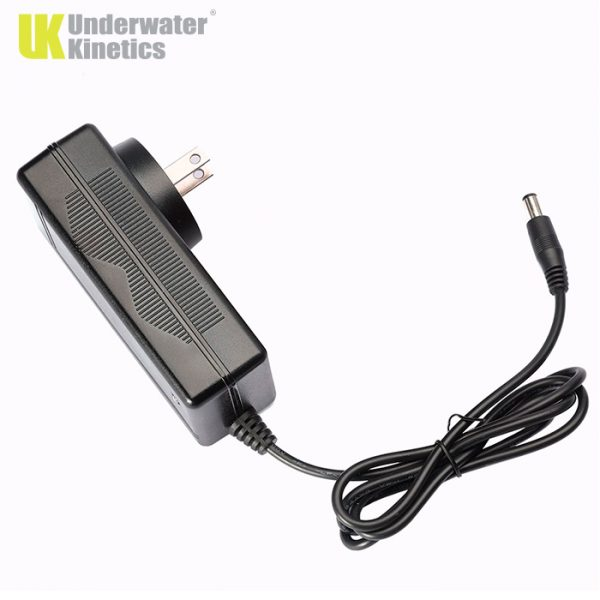 Underwater Kinetics AC Charger 519961
